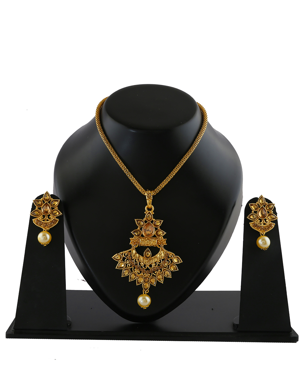 Antique Gold Finish Stunning Traditional Pendant Set