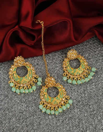 Green Colour Antique Gold Finish Earrings Fancy Wear