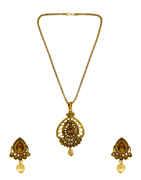 Beautiful Gold Finish Stunning Traditional Pendant Set