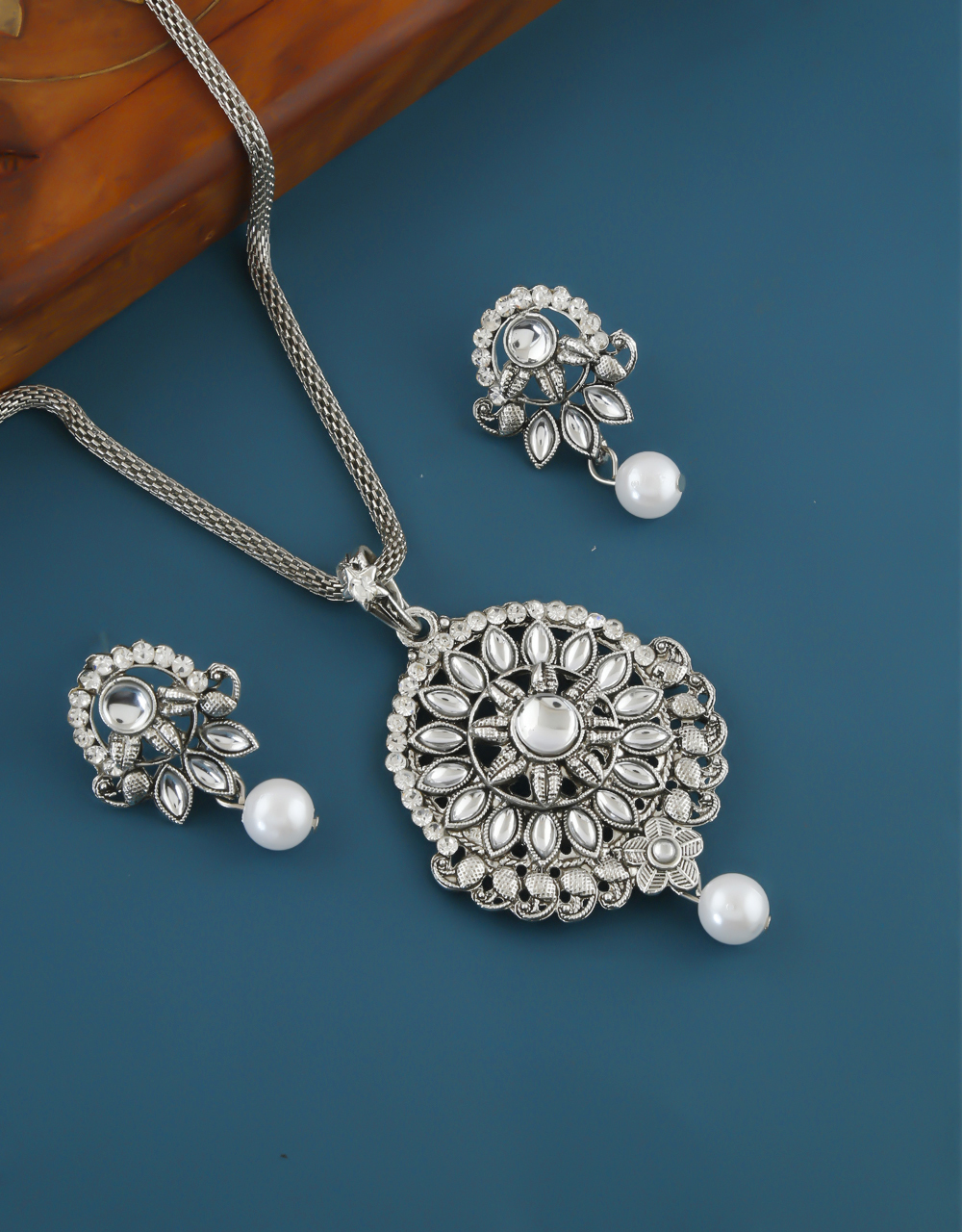 Floral Design Silver Oxidised Finish Pendant Set