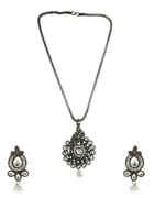 Oxidised Silver Finish Stunning Pearls Styled Pendant Set