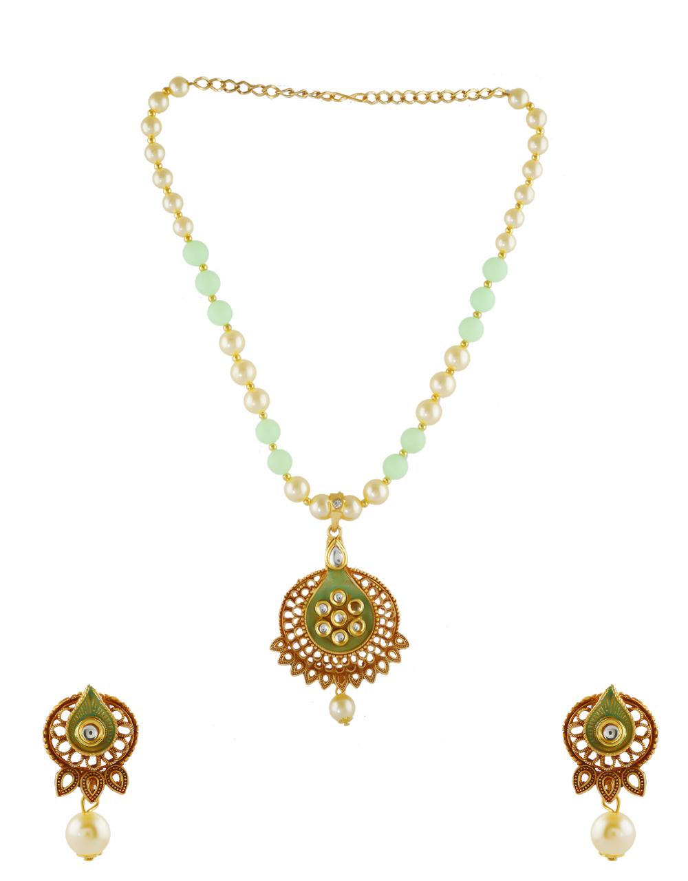 Green Colour Gold Finish Kundan Pendant Set