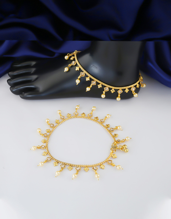 Traditional Gold Finish Styled With Pearls Beads Fancy Payal