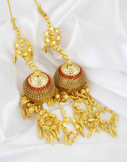 Simple Gold Finish Stylish Punjabi Kalire For Bride