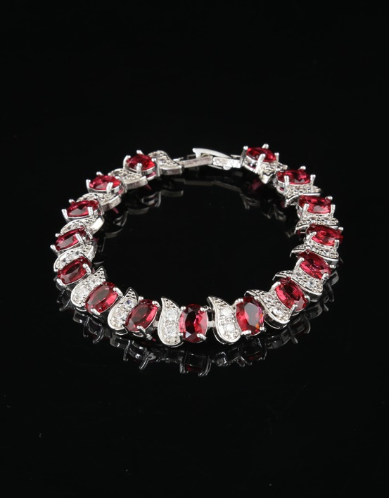 Silver red and white stone studded chain bracelet by Anuradha Arts