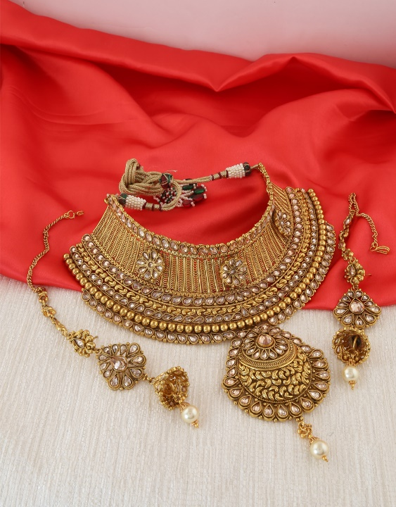 Gold plated bridal choker necklace by Anuradha Arts